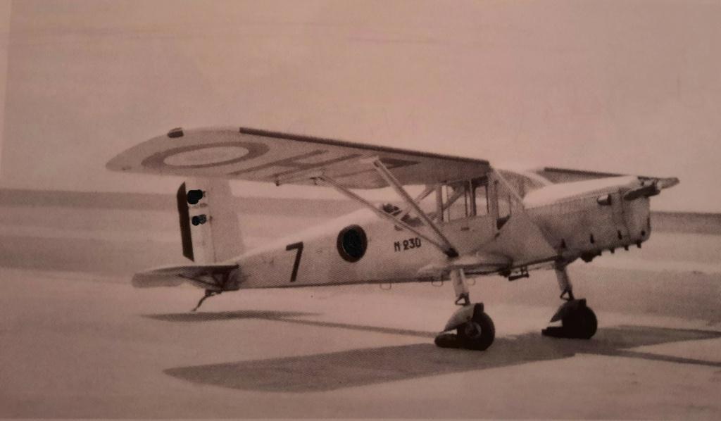[ Aéronavale divers ] Quel est cet aéronef ? - Page 3 Avion_94