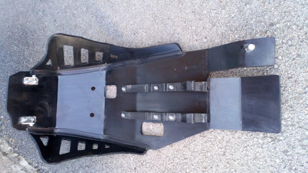 Vds Sabot  Enduro AXP Xtrem PHD noir KTM/Husqvarna 690/701 Sabot_10