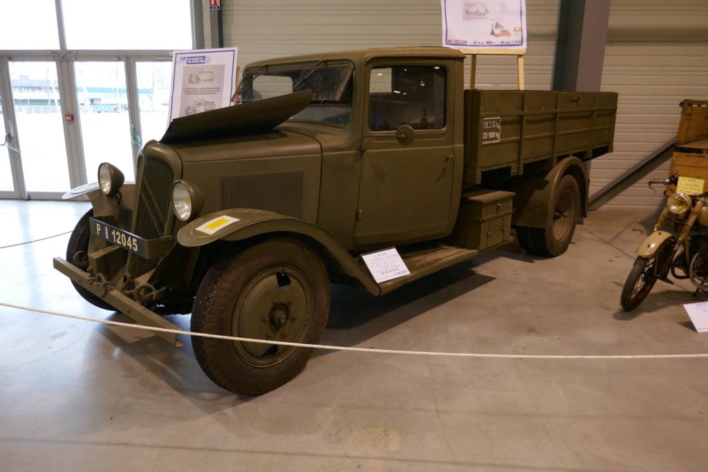 19 auto retro de Chambéry P1030521