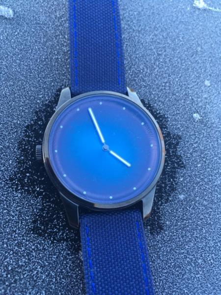 AWAKE, la marque de montre engagée - Page 13 Img_4512