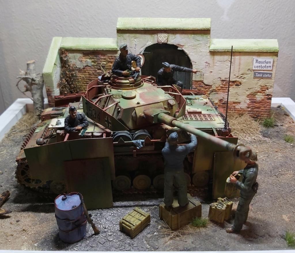 Panzer IV/J refueling  20200711