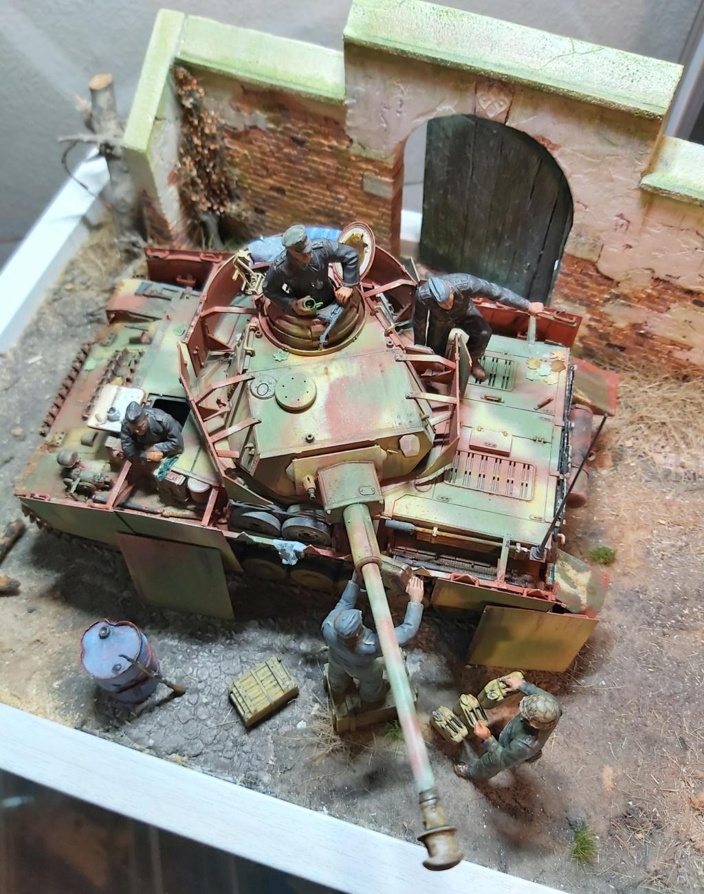 Panzer IV/J refueling  20200712
