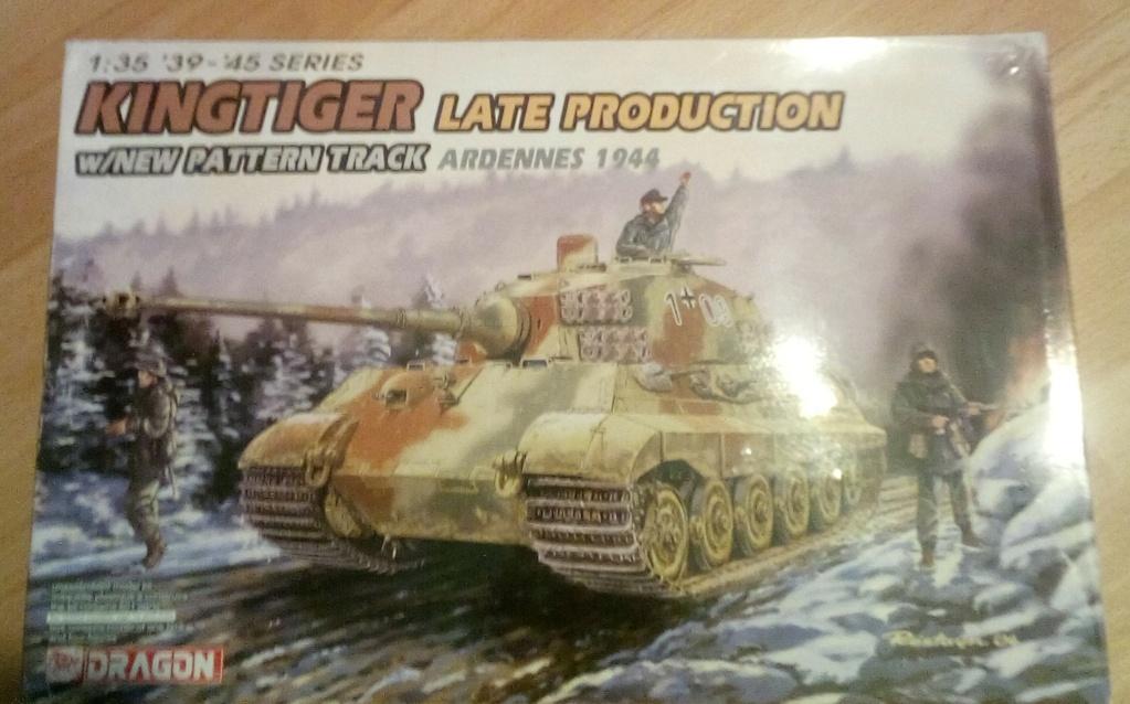 A vendre quelques modèles au 1/35. Img_2011