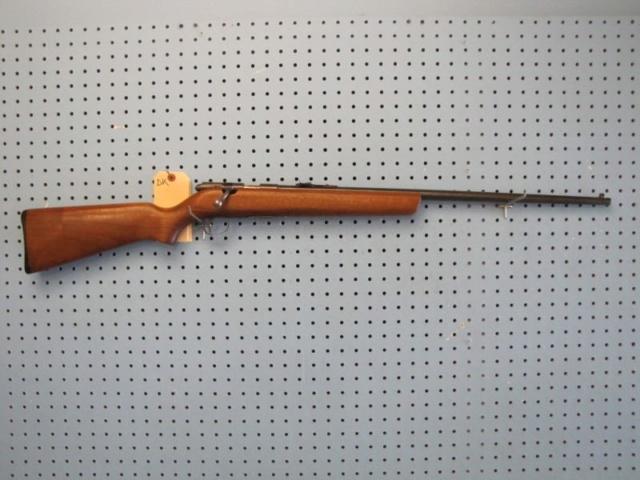 H&R 853 sniper made in québec Hr10