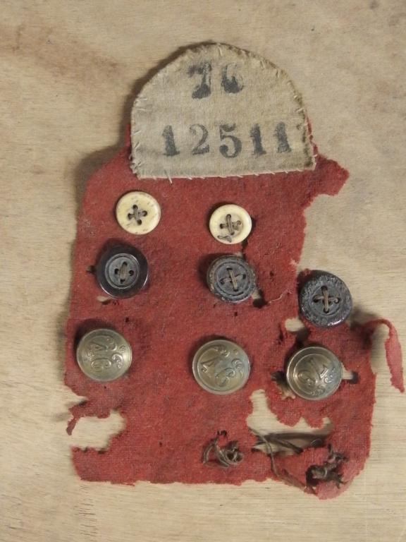 Trouvailles de 1870 ???? Pc030010