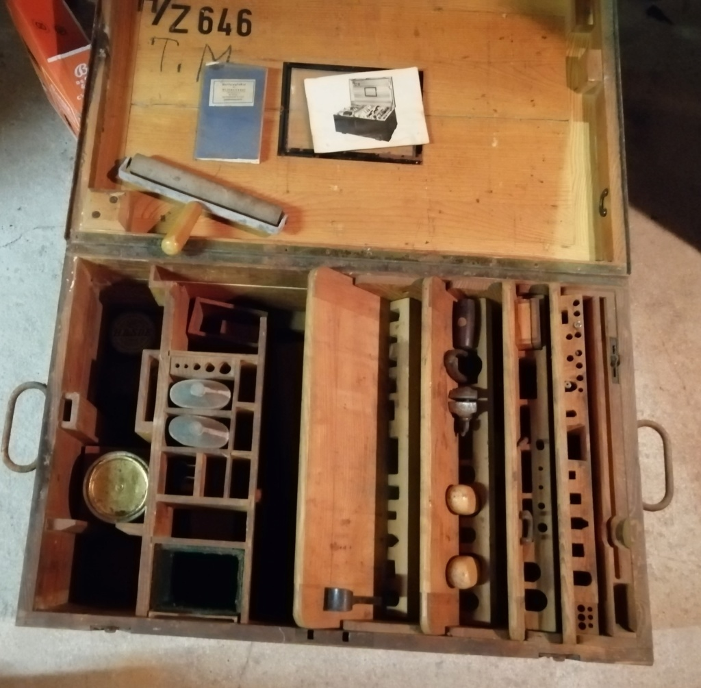 CAISSE A OUTILS ALLEMANDE WWII Img_2121