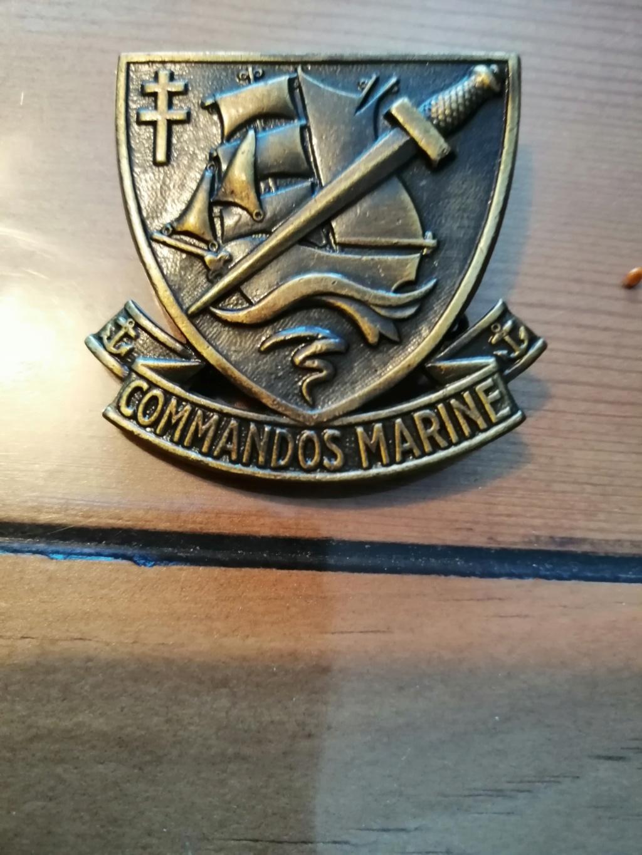 Insignes et Medailles  Img_2354