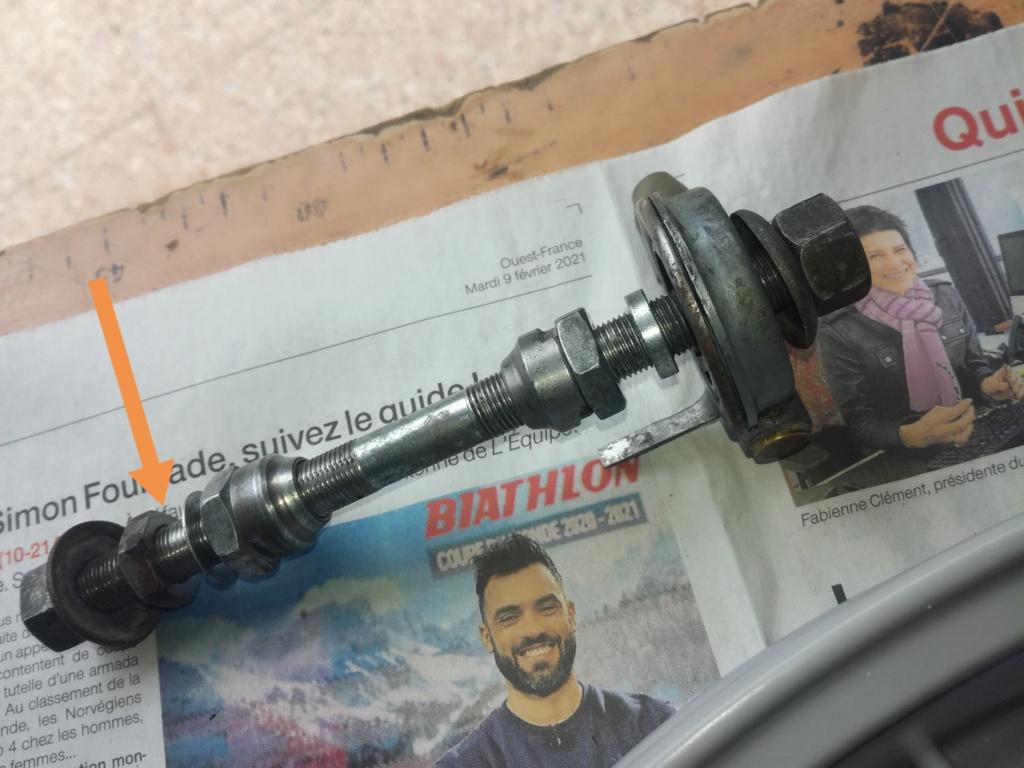 CIAO PX montage roue bâton moyeu avant à billes en cage Img_2023