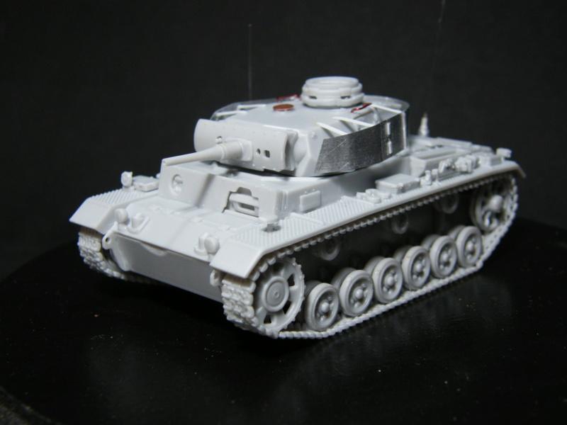 Befehlspanzer III ausf J - UM - Montage terminé Dscf1130