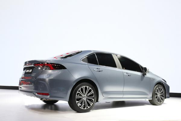 2018 - [Toyota] Corolla Sedan Normal15