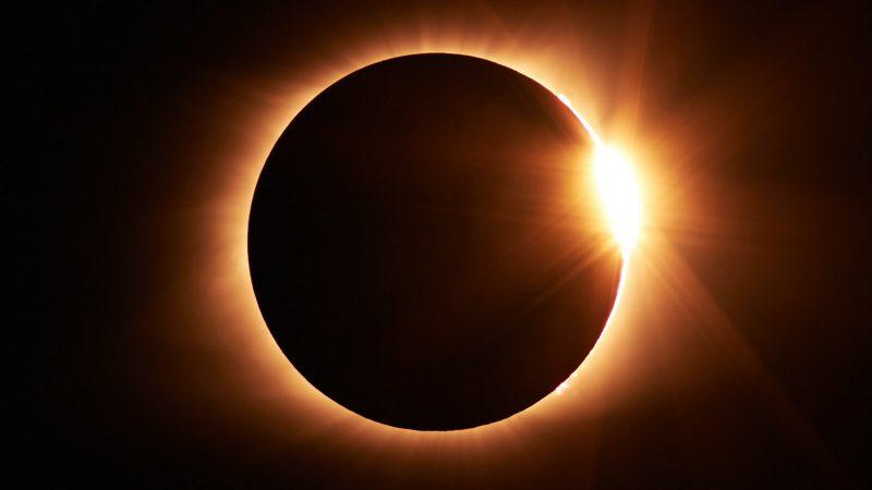 Nouvelle Lune éclipsée du 10 juin 2021 Annula11