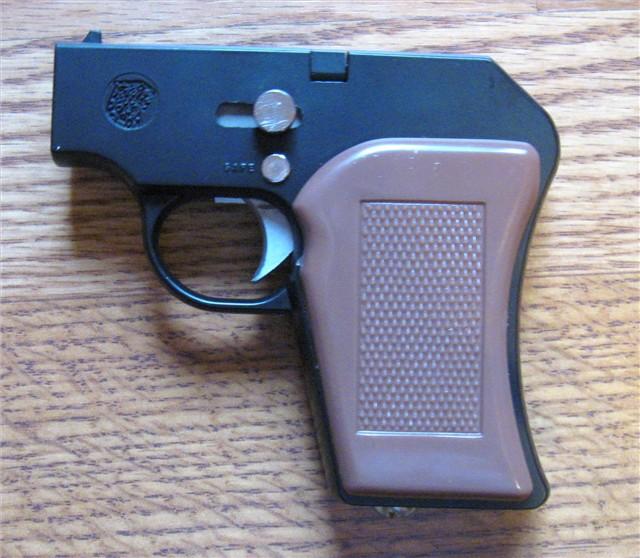 GOBLIN ATOM-8 Le plus petit pistolet CO2 du monde... Pix22310