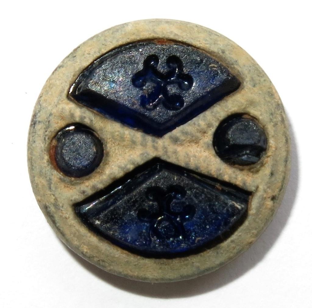 Boton bronce con encastes. 14mm_210