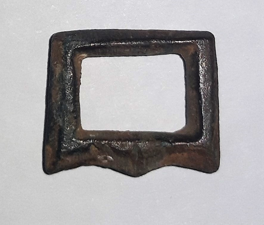 Datación hebillita de bronce. 20200610