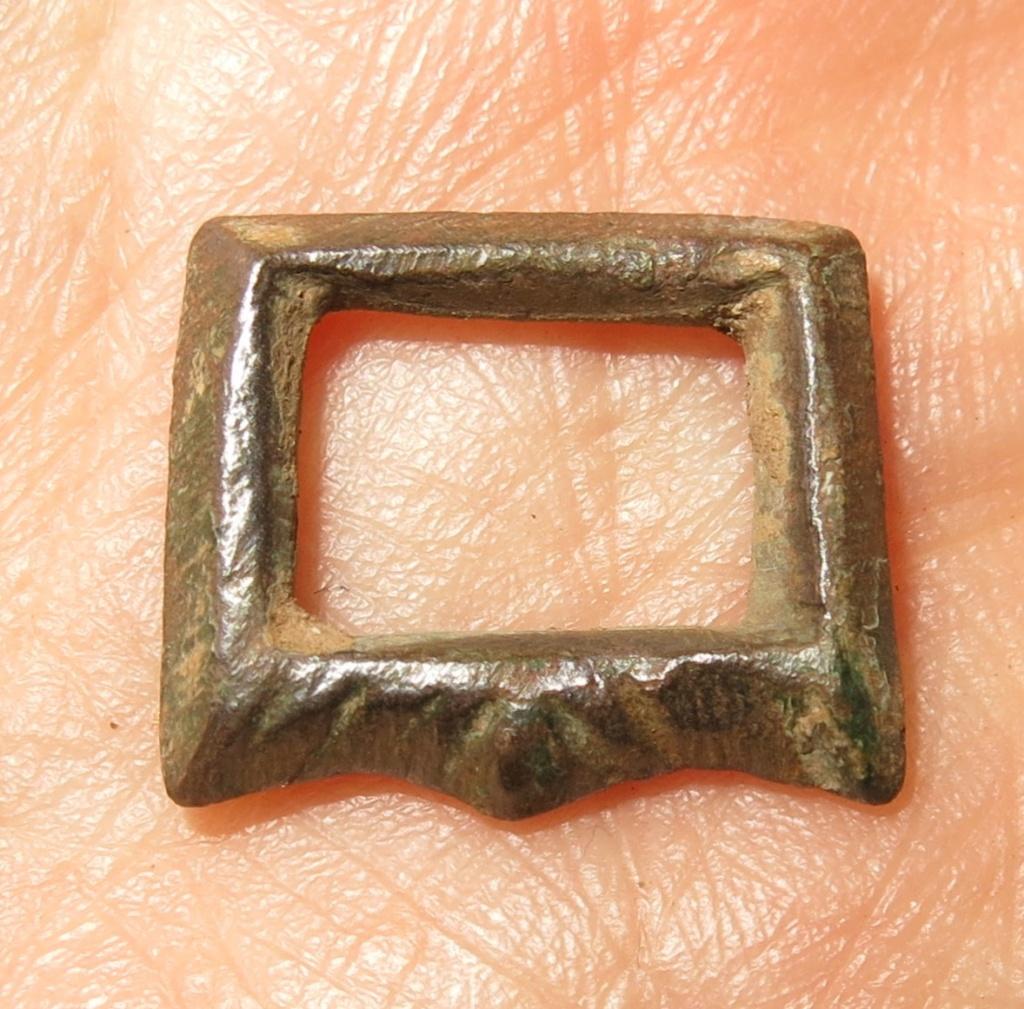Datación hebillita de bronce. Hebill11