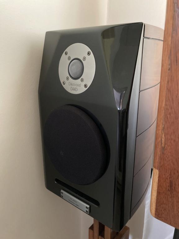 Usher Dancer Mini-X Speakers 8c6e7b10
