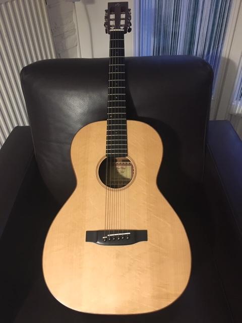 00 12 cases du luthier Jens Towet  Img_1410