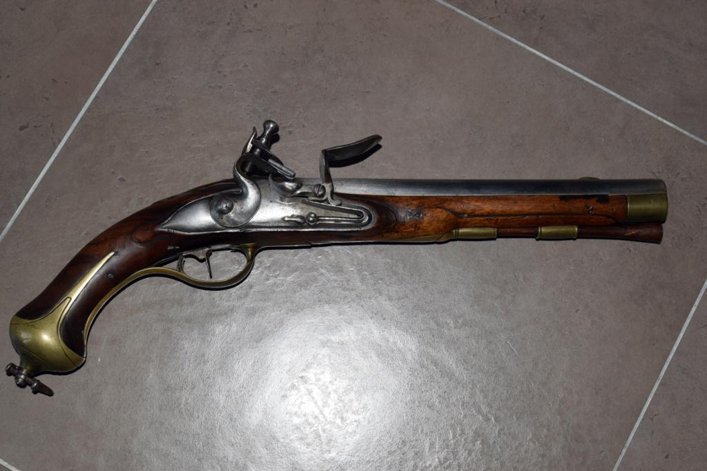 Pistolet 18eme. Dsc_0012
