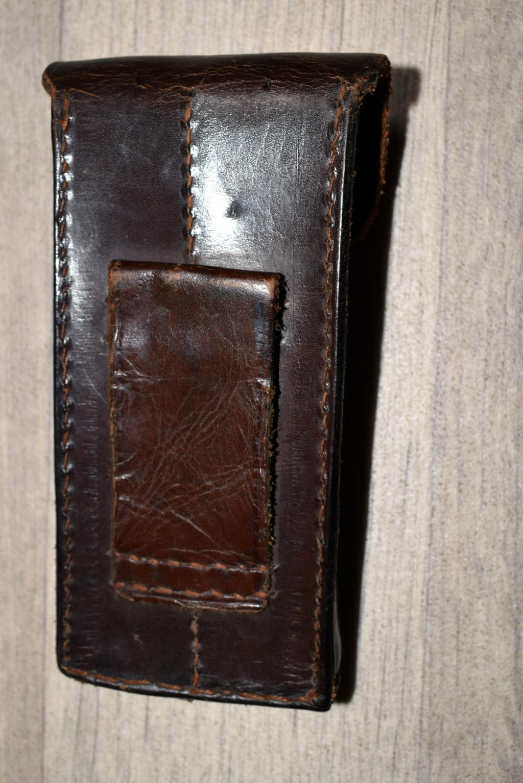 Une rare pochette porte chargeur de Luger de la marine impériale Dsc_0049