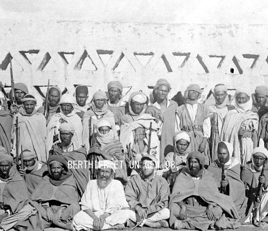 Armes exotiques guerre du Rif et pacification du Maroc    Img20385