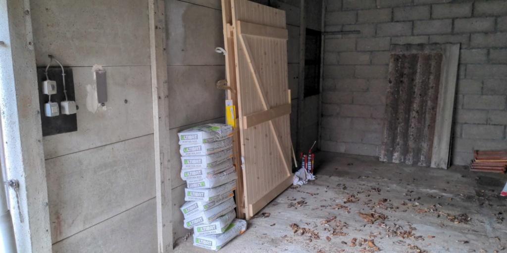 Photos de nos garages/ateliers - Page 26 15028910