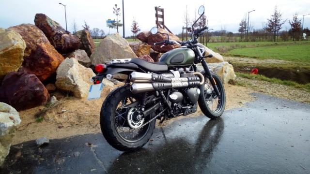 Triumph 900 Scrambler Kaki  - Page 3 Img_2042