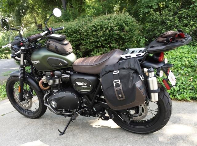 Triumph 900 Scrambler Kaki  Img_2910