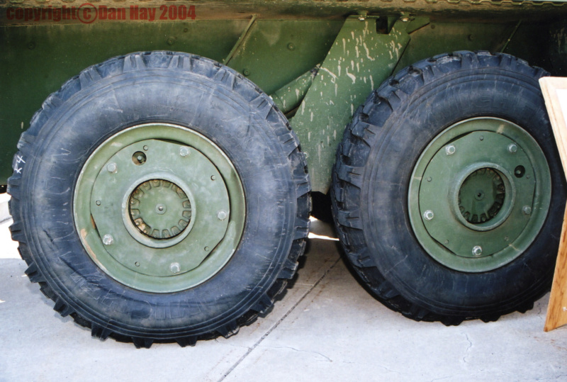 LAV-III Armoured Wheel Hub - CDN edition Road_w10