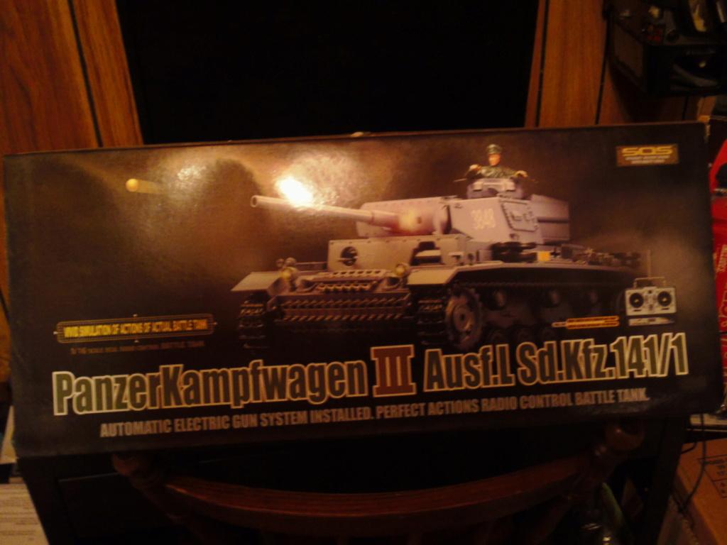 A couple NIB Tanks for sale... Sam_0012