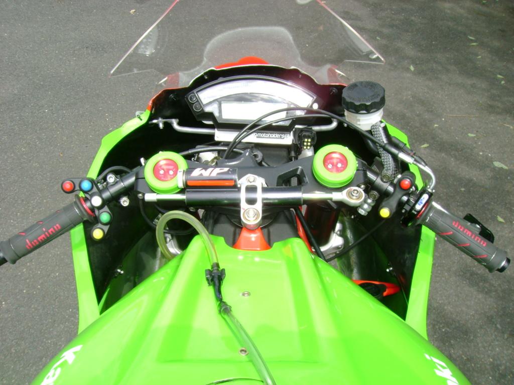 ZX10R de 2011  4560kms   6500e Dsc01638