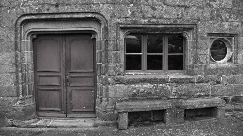[Fil ouvert ] Fenêtres, volets, ouvertures... - Page 11 Porte_11