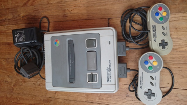 [ESTIM] Console Super Famicom (loose) + jeux SFC complets/loose Dsc_0317