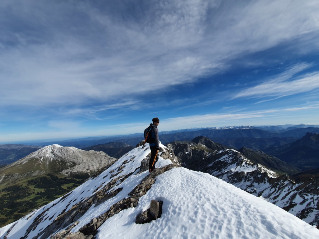 Topic:Deportes de Montaña..Escalada, Senderismo,Barranquismo....... - Página 4 20191014