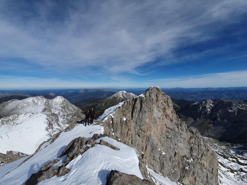 Topic:Deportes de Montaña..Escalada, Senderismo,Barranquismo....... - Página 4 20191015