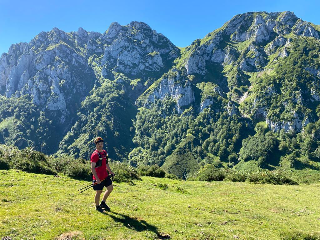 Topic:Deportes de Montaña..Escalada, Senderismo,Barranquismo....... - Página 10 Img-2056
