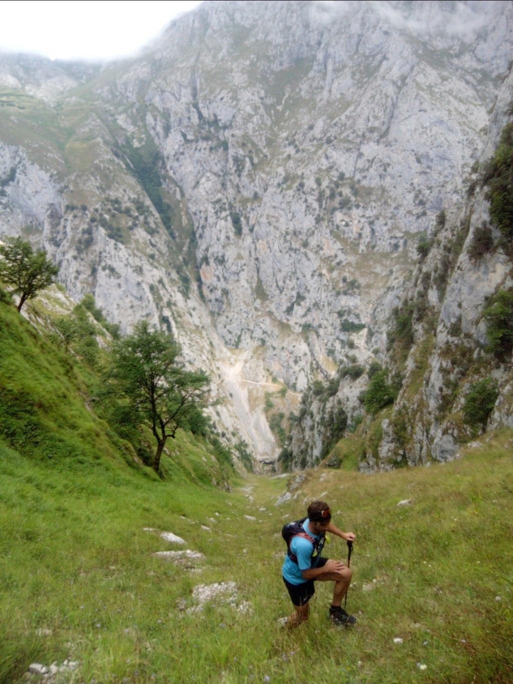 Topic:Deportes de Montaña..Escalada, Senderismo,Barranquismo....... - Página 16 Scree219