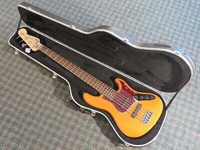 Lakland 5560, DJ, Fender AM Dlx 2008 S-l40011