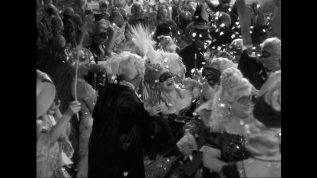 Marie Antoinette avec Norma Shearer (Van Dyke) - Page 11 97007010