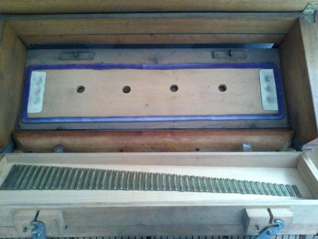Harmonium J.Maugé Cam00816