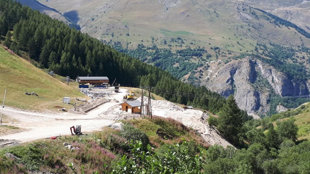 Construction du télésiège débrayable (TSD6) Montissot - Valloire 20190810
