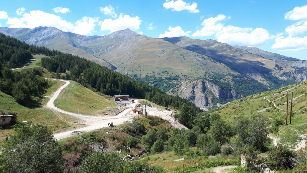 Construction du télésiège débrayable (TSD6) Montissot - Valloire 20190811