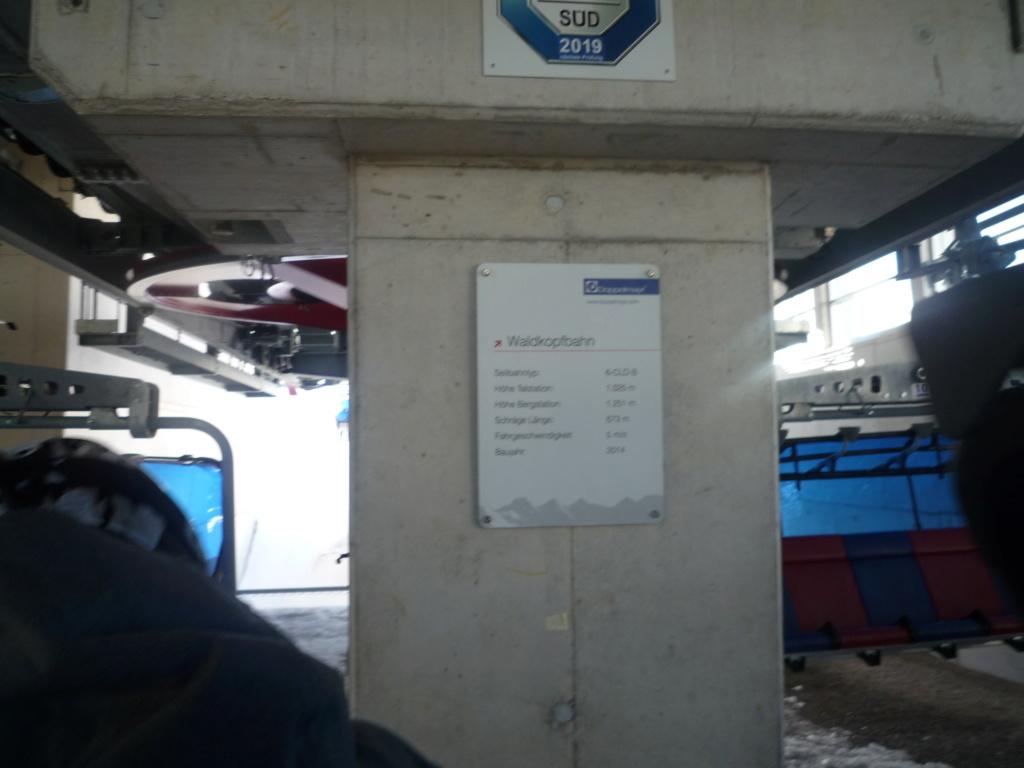 Télésiège Débrayable 6 places à Bulles (TSD6B) Waldkopfbahn P1060364