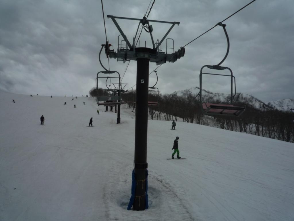 Télésiège Fixe 2 places (TSF2) Alps 1st Chair Lift P1070103