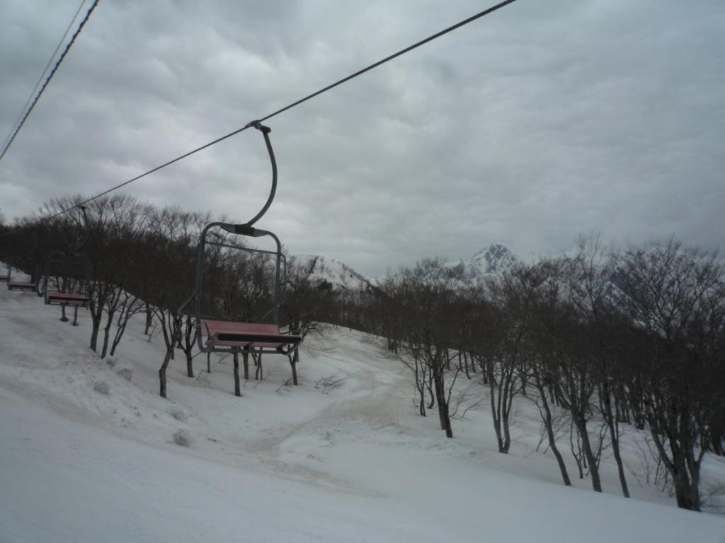 Télésiège Fixe 2 places (TSF2) Alps 1st Chair Lift P1070499