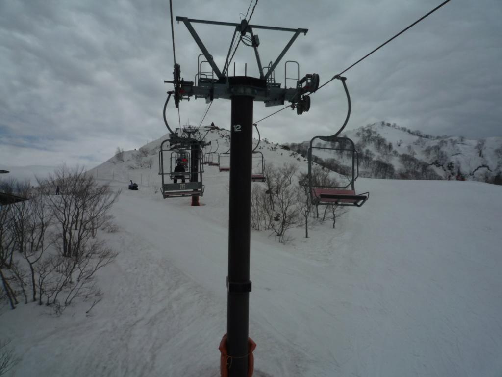Télésiège Fixe 2 places (TSF2) Alps 1st Chair Lift P1070524