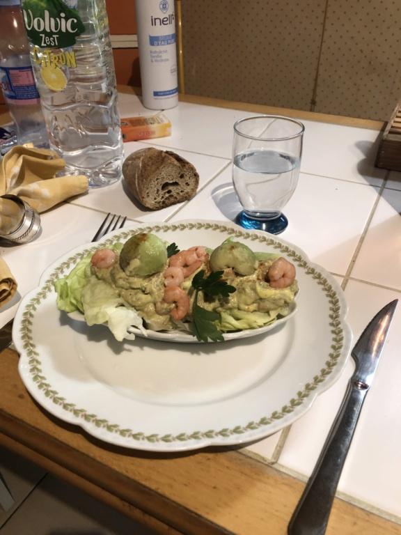 Avocats aux crevettes Avocat10