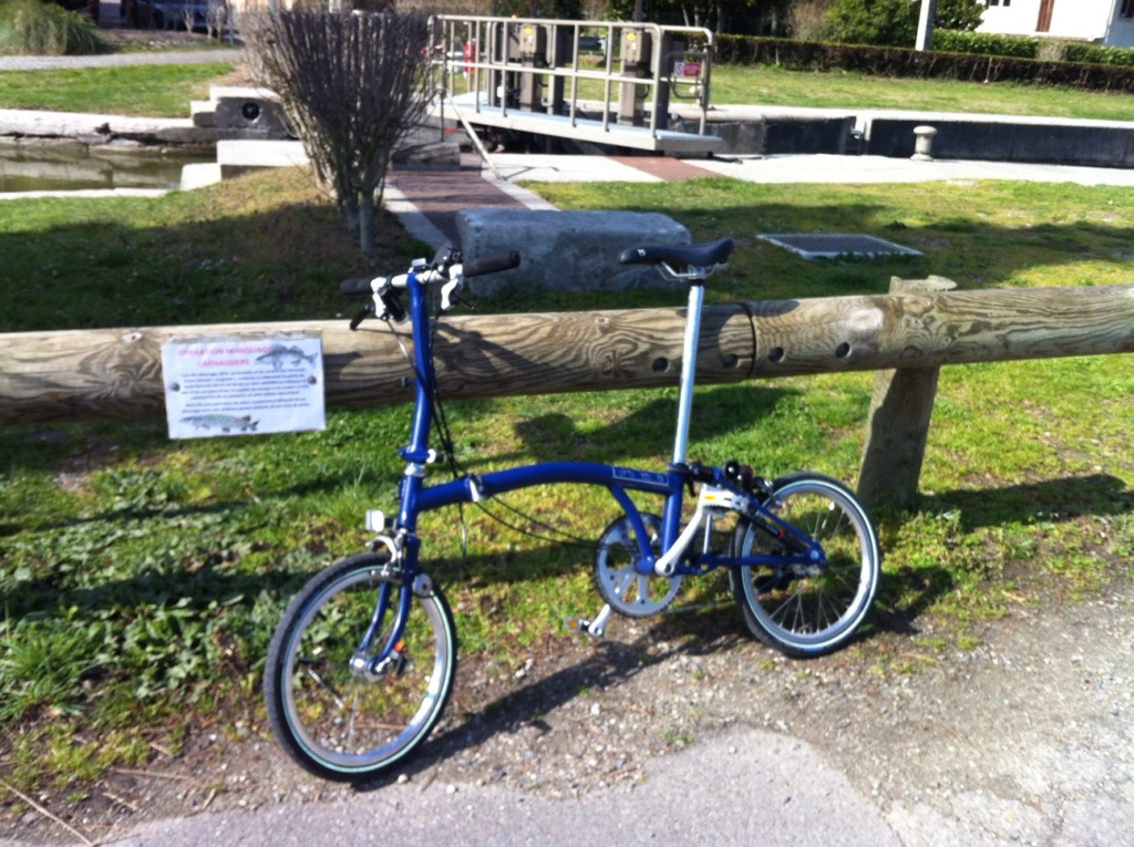 Vélo Brompton 2 vitesses Img_0811