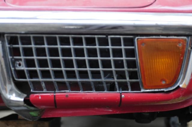 Corvette C3 1971 : Après le nid douillet, se refaire une santé Grille12