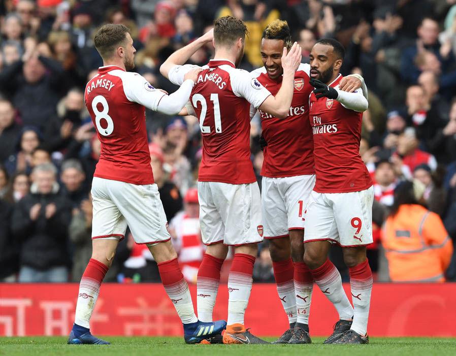 Arsenal vence Newcastle e assume terceiro lugar da Premier League 36819710
