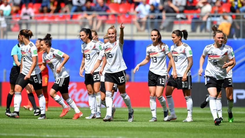 Alemanha vence e é a primeira classificada às quartas do Mundial 5cfbd010